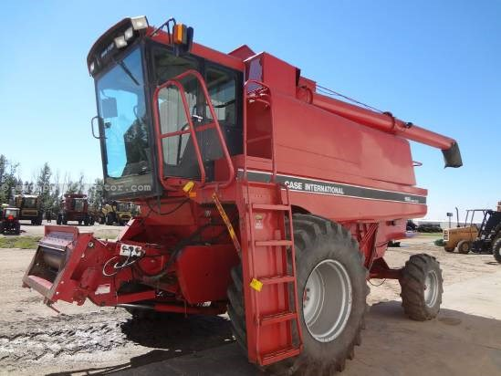 1993 Case IH 1688 - 4656 hrs, 30.5R32, RT, Grainloss Mon.  Combine For Sale