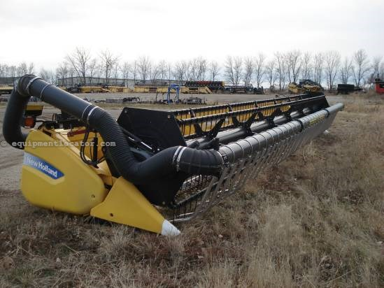 2011 New Holland 740CF - 35 ft, Air Bar (CR970,CR9070,CR9080)  Header-Flex For Sale
