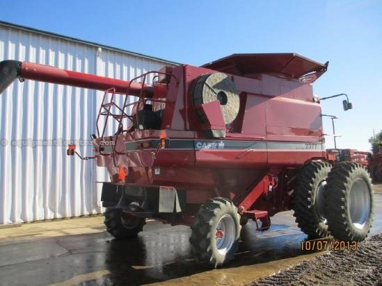 2005 Case IH 2377,1325 Sep Hr,FT,RT,Fore/Aft, AHH, Chopper Combine For Sale