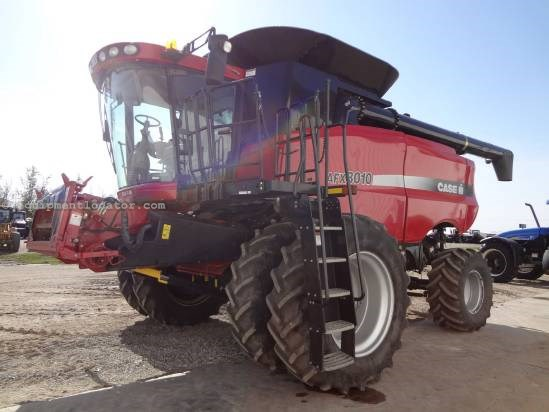 2005 Case IH AFX8010 - Sep Hrs 1401, Duals, 21 ft Auger, FT  Combine For Sale