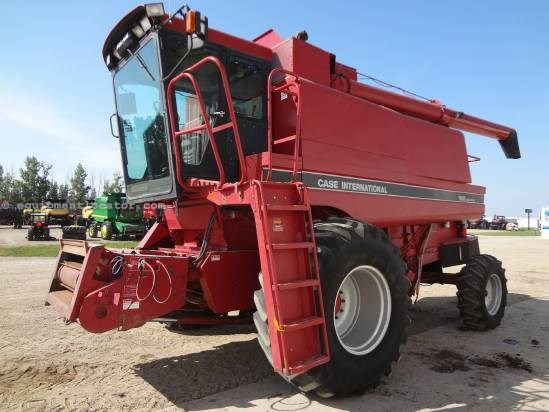 1991 Case IH 1680 - 5003 hrs, Specialty Rotor, 30.5R32, Chopper Combine For Sale