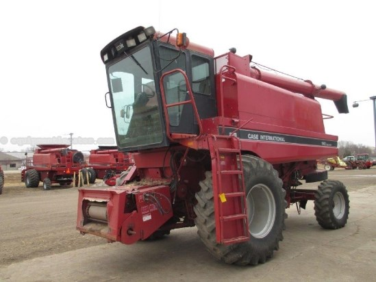 1987 Case IH 1660, 2835 Eng Hrs, Chopper, Spreader, Rotary  Combine For Sale