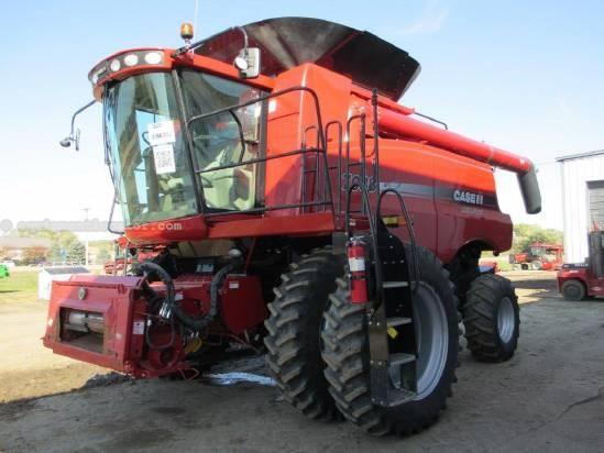 2009 Case IH 7088, 697 Sep Hr, RT, FT, Chopper, Spreader Combine For Sale