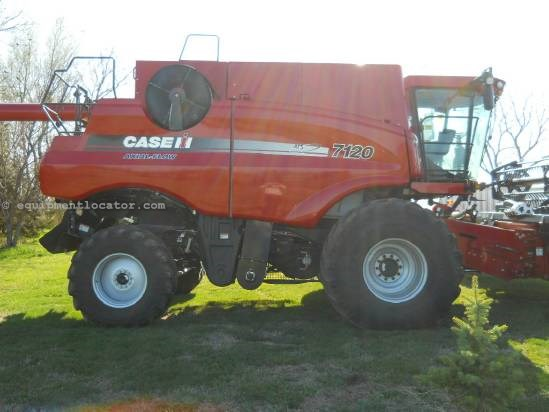 2010 Case IH 7120 - Sep Hrs 1426, RWA, 900R32, 24 ft Combine For Sale
