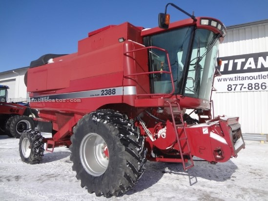 1998 Case IH 2388 - Sep Hrs 2528, 30.5R32, Chopper, RT Combine For Sale