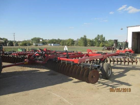 2005 Case IH RMX340, 31', Pull Type, Hyd Wing Fold, Furrow Fill Disk Harrow For Sale