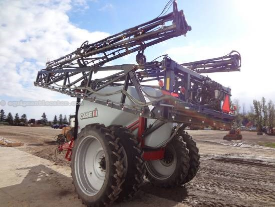 2008 Case IH 160 - 132 ft, Duals, 1600 gal, Foam Markers Sprayer-Pull Type For Sale
