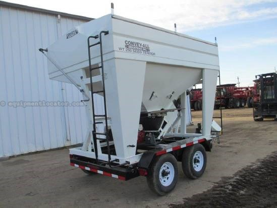 2010 Convey-All 290, Engine Drive, Belt Auger, Ball Trailer  Seed Tender For Sale