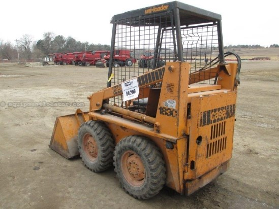1975 Case 1830, Hand Controls, ROPS, Mech Coupler,1200# Lift Skid Steer For Sale