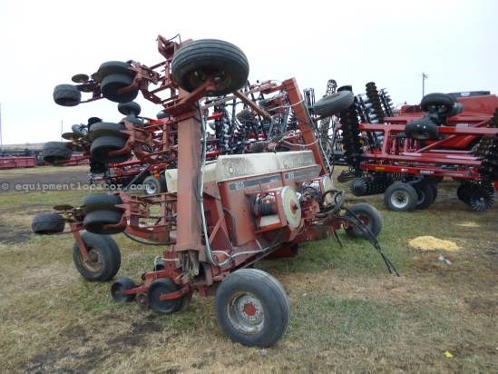 Case IH 900, 12R30, Markers, Bulk Fill, Flex Tool Bar,3 Pt Planter For Sale