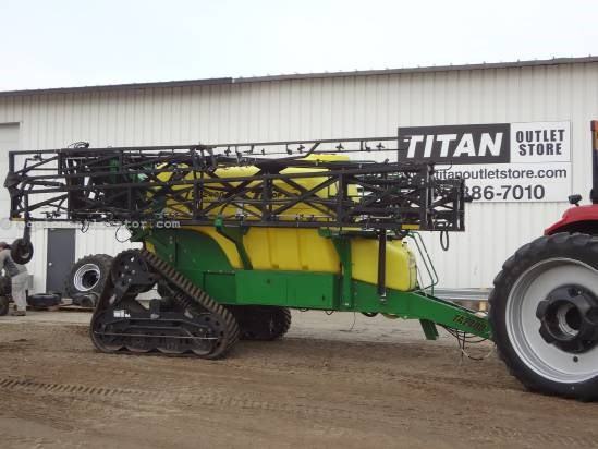 2008 TopAir TA2400 - 2400 gal, 132 ft, Tracks, Raven 440 Sprayer-Pull Type For Sale