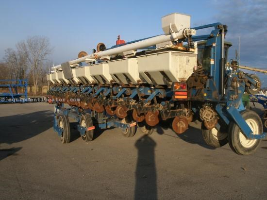 Planter For Sale:  2007 Kinze NG+3