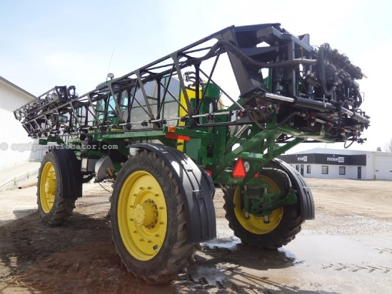 2010 John Deere 4930 - 867 hrs, 120 ft, 1200 gal, 5 way nozzle Sprayer-Self Propelled For Sale
