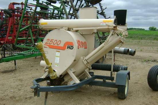 REM Mfg 2500, Very Good Contition Grain Vac For Sale