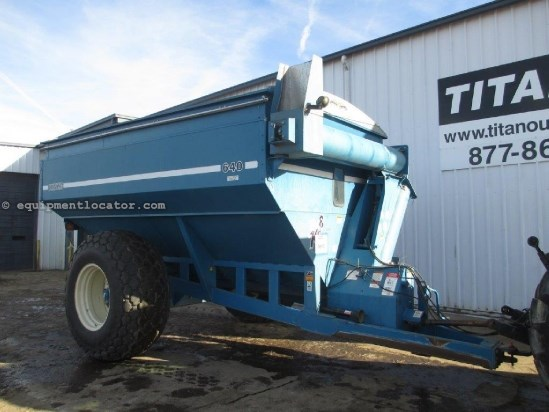 "1996 Kinze 640, Light Pkg, Tarp, 16"" Auger, 1000 PTO Grain Cart For Sale"