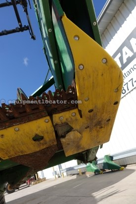 2006 John Deere 635F,35Ft, Contour, Poly,9660/9760/9860/96770/9770 Header-Flex For Sale