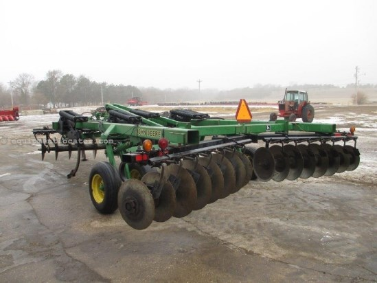 1998 John Deere 510,12', 5 Shank, Spring Cushion, Pull Type Rippers For Sale