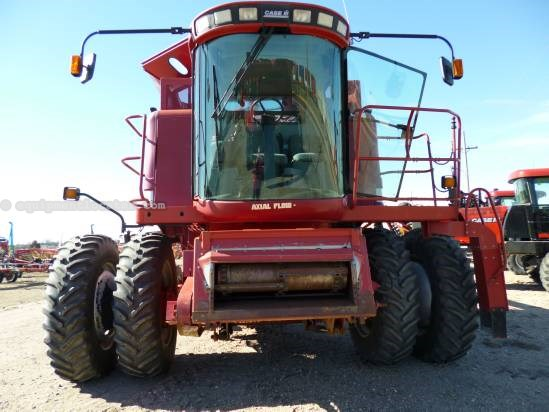 2000 Case IH 2388, 2380 Sep Hr, AHH, Fore/Aft, Bin Ext, Chopper Combine For Sale