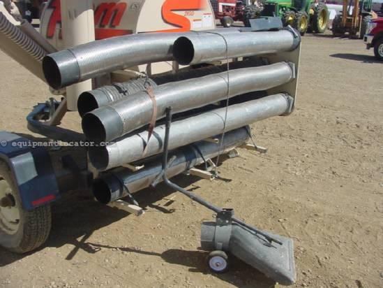 2004 REM Mfg 2100 - Floor Vacuum, Good Hoses Grain Vac For Sale