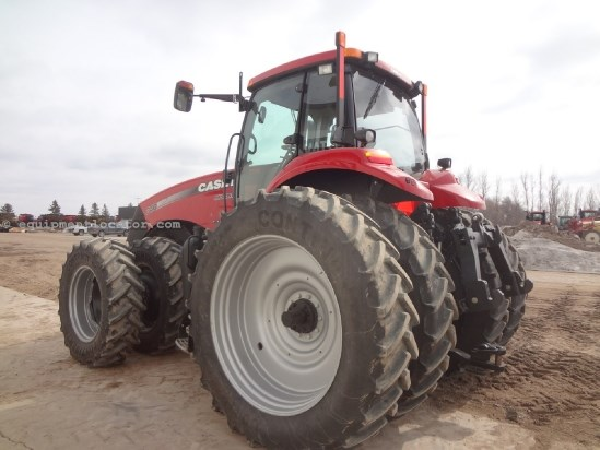 2011 Case IH Magnum MX340 - 408 hrs, 480R50, 6 hyd, 360 HIDs  Tractor For Sale