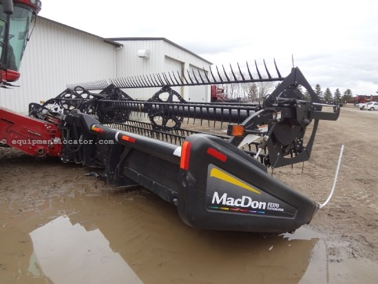 2011 MacDon FD70, 40', FT, 7088/7010/8010/7120/8120 Header-Draper For Sale