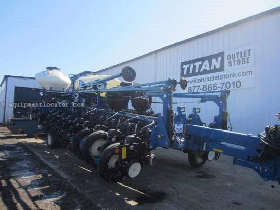 2011 Kinze 3800 Planter For Sale