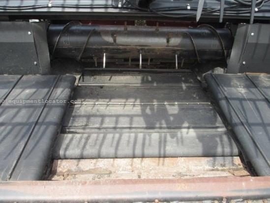2006 MacDon 974, 35ft, Contour, Poly, Fits 8010/8120/8230/9120 Header-Draper For Sale