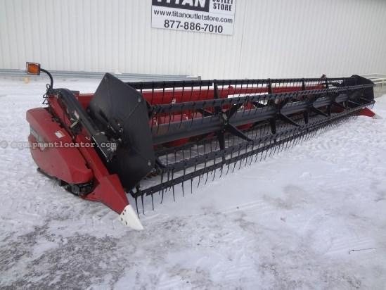 2005 Case IH 2020 - 30 ft, FT (6088,7088,7010,8010,7120,8120) Header-Flex For Sale