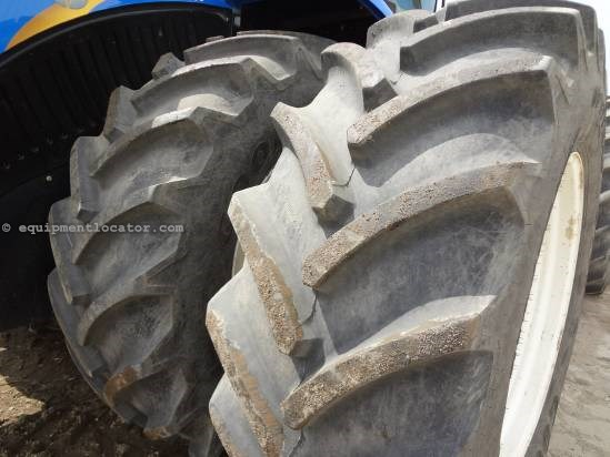 2012 New Holland T9560-285 hrs, AutoSteer, 710R42, High Cap Pump Tractor For Sale