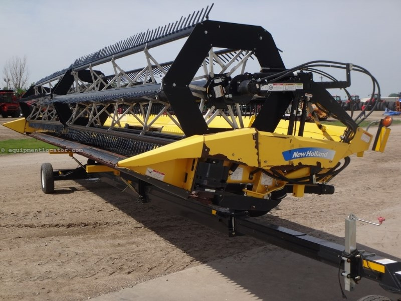 2007 New Holland 88C, 42', TRANSPORT, CR970/CR9070/CR9080 Header-Draper For Sale
