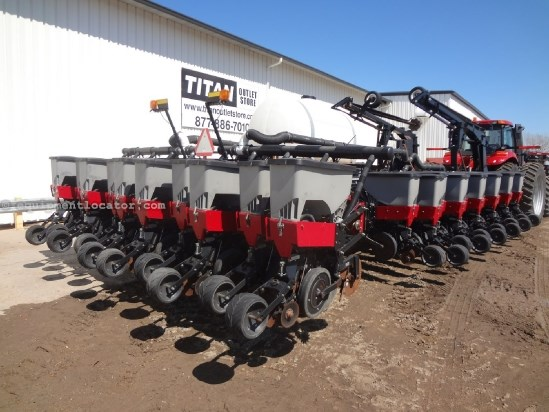 2002 Friesen 3620 - 36R20, Liquid, Markers, 1200 Row Units Planter For Sale