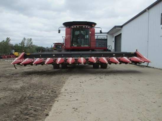 2007 Drago 1230, Contour, Insight, Fits 7010/7120/8010/8120 Header-Corn For Sale
