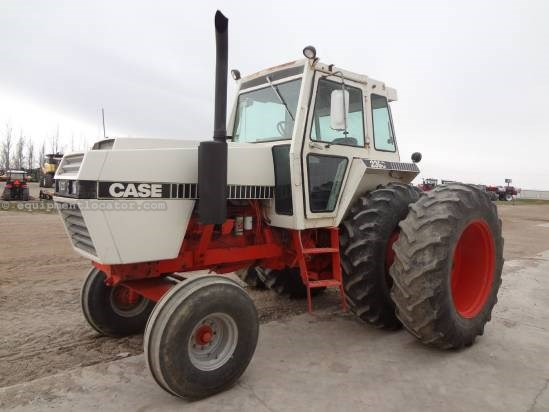 1981 Case 2390 - 5026 hrs, 3pt, PTO, Duals  Tractor For Sale
