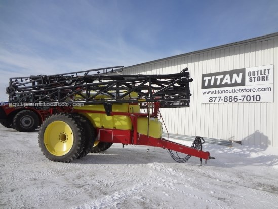 2007 TopAir TA1600 - 120 ft, 380R46 Duals, 1600 gallons Sprayer-Pull Type For Sale