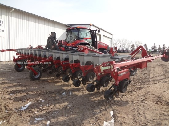 1230 Case Tractor : Case ih r air clutches markers pt mntd
