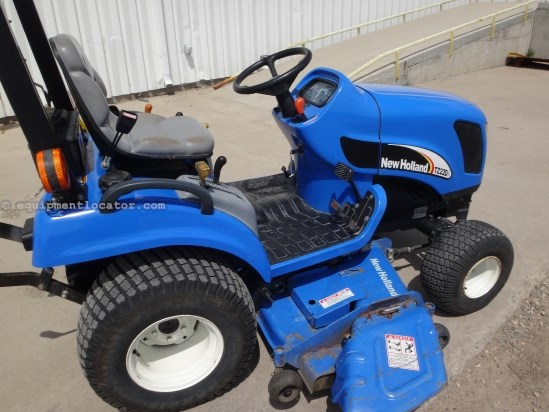 "2006 New Holland TZ22D, 4WD, 60"" Deck Riding Mower For Sale"