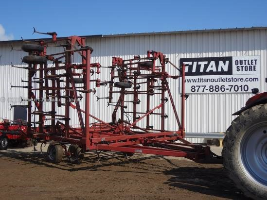 NULL Case IH 4900 Field Cultivator For Sale