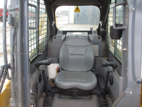 2006 Gehl 4840E, 471 Hrs, Diesel, Hand Controls, Heater,ROPS Skid Steer For Sale