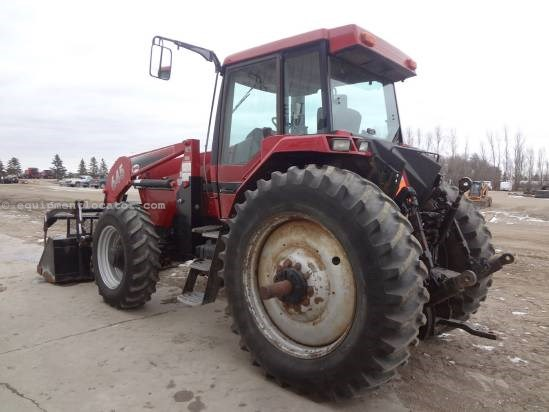 1998 Case IH 8930-7818 hrs, Loader/Grple, 4 hyd, dual pto Tractor For Sale