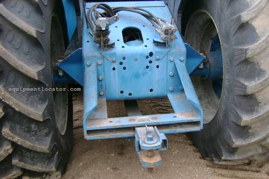 New Holland 946, 3218 Hrs, Duals, 4 Remotes, Deluxe Cab Tractor For Sale