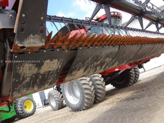 2009 Case IH 2020 - 35 ft, FT (7088,7010,8010,7120,8120) Header-Flex For Sale