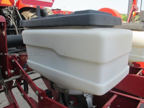 1994 White 6100, 12R30, Vac Meter, Vert Fold, Row Unit Seed Planter For Sale