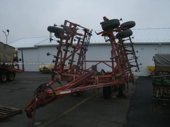 Field Cultivator For Sale:  1997 Wil-Rich 3400