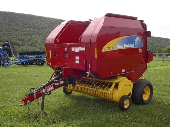 Baler-Round For Sale:  2010 New Holland BR7060