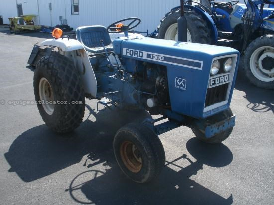 Tractor For Sale:  Ford 1300