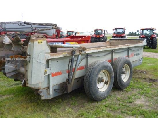 1990 New Idea 3639, Poly Floor, Hyd End Gate, 2 Beaters,540 PTO  Manure Spreader-Liquid/Pull Type For Sale