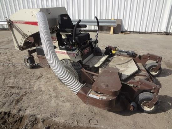 """2012 Grasshopper 725DT - 65 hrs, 72"""", Bagger, Diesel Riding Mower For Sale"""