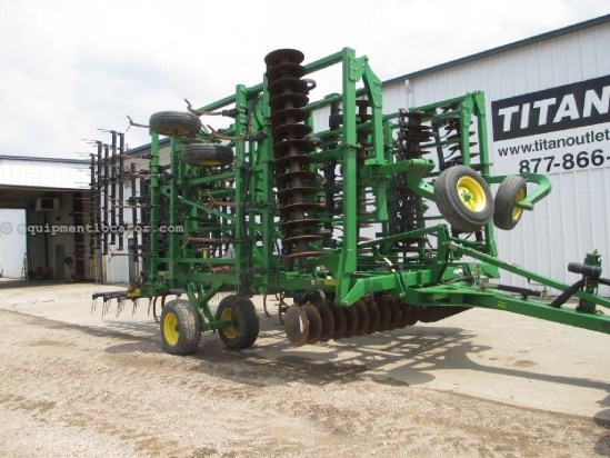 "2009 John Deere 2310, 5 Section, 45'9"", Hyd Fold, Tine Harrows Field Cultivator For Sale"