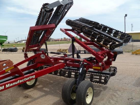 2011 J & M 27, 32',3 Section,Cage Compactor Tillage For Sale