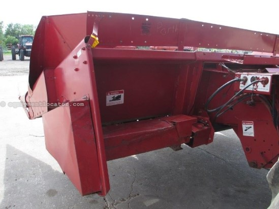 International 944, 4R36, 1640/1660/1666/2166 Header-Corn For Sale
